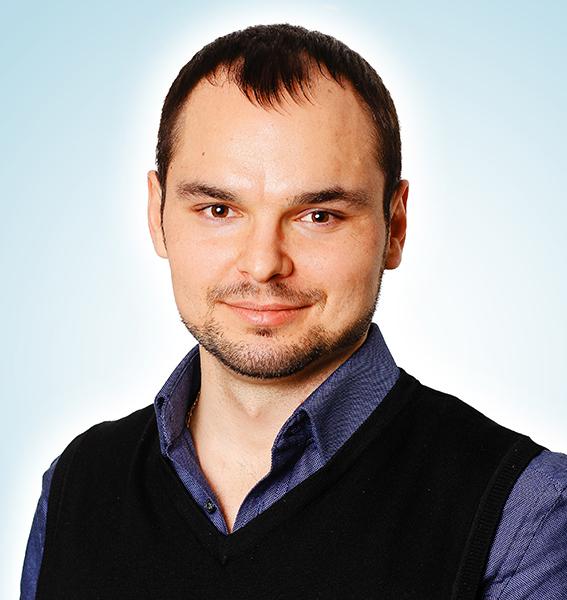 dr. Ruslan Štapenko